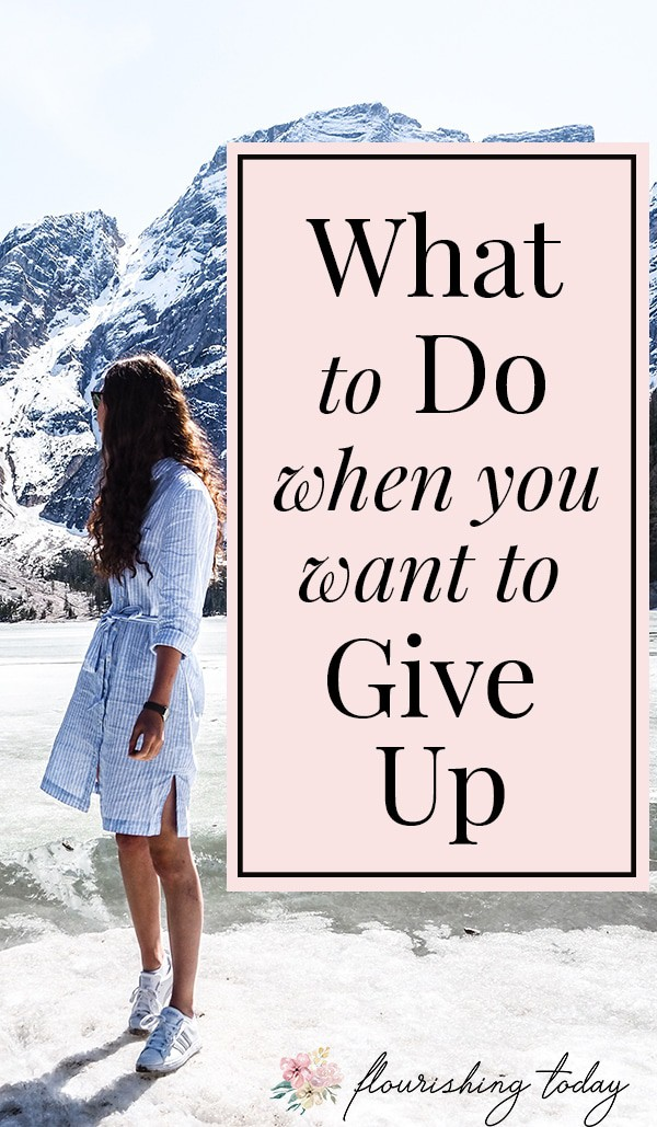 What do you do when you want to give up ? Difficulties in life can make you want to give up on a relationship, on yourself, on a marriage or pretty much everything. But you can have hope in Christ. Here are some Bible verses to help you when you want to give up. #giveup #overwhelmed #stressed #Jesus