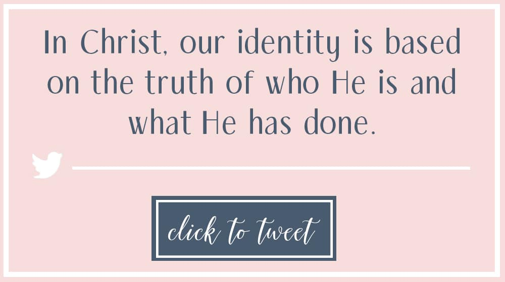 Do you ever wonder what it means to know who you are in Christ? You are not alone! For years I wondered what it meant to know who I am in Christ. To understand who we are we have to know who God is. Here are scriptures to help you know who you are in Christ! #freeprintable #identity #prayers #promises